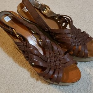 Size 8 Banana Republic wedge sandals